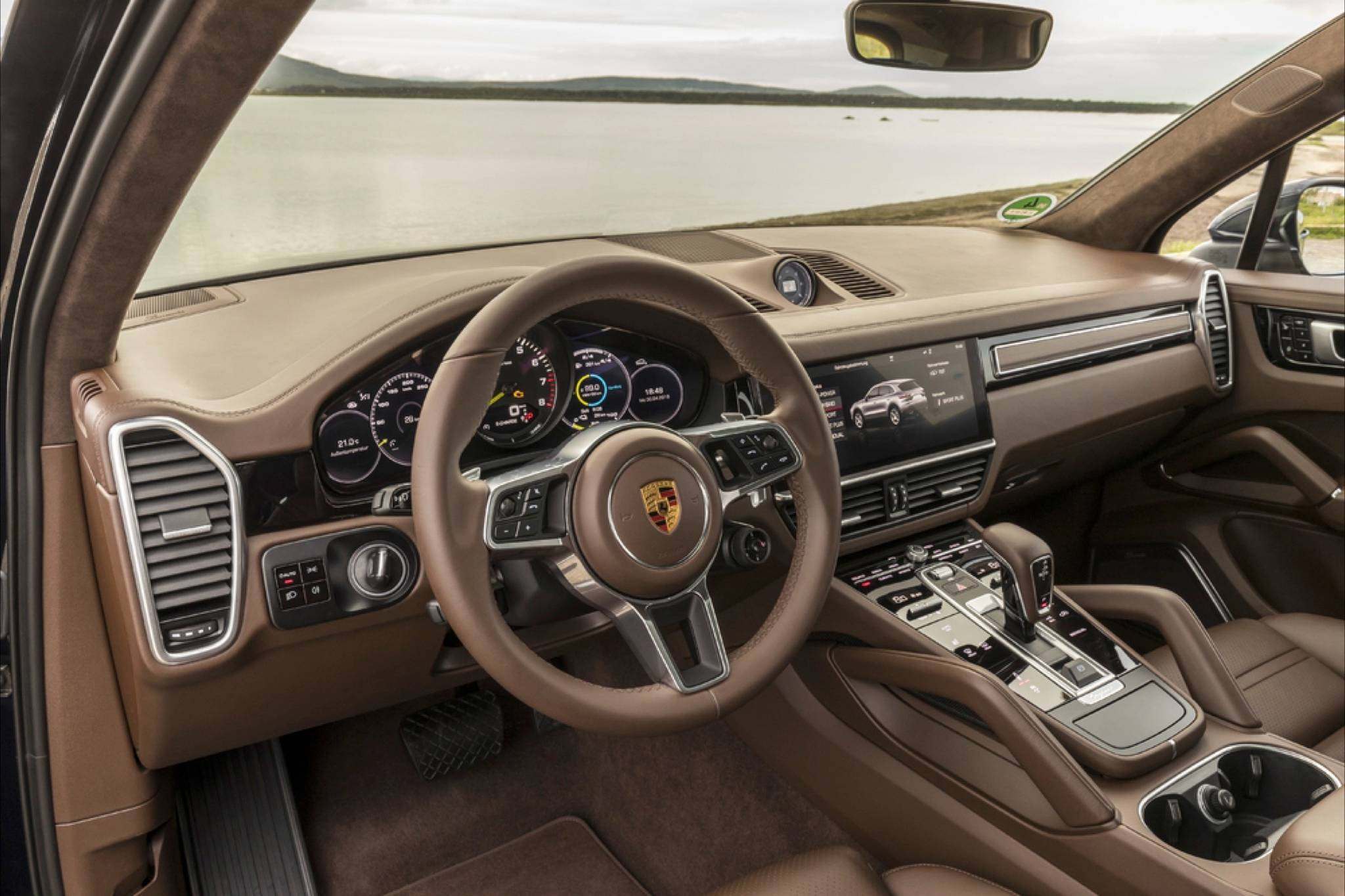 2019 Porsche Cayenne brings top level of refinement and performance